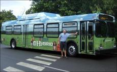 gm-hybrid-bus.jpg
